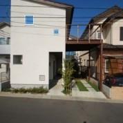 ヤマボウシの家