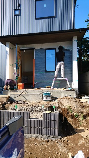 眺望の家 玄関石
