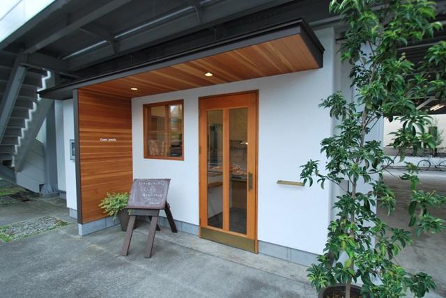 7/27(木)  木と漆喰のパン屋さん  【Cum panis】 オープン 1周年!