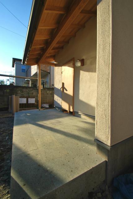 「和瓦と庭々の家」 ~もうすぐ完成~