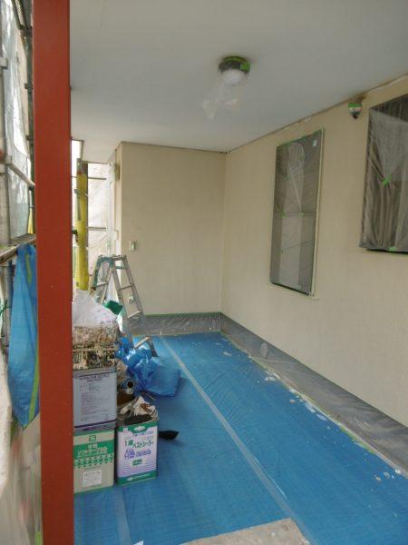 大宮区で外壁塗装工事進行中